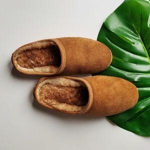 Minnetonka slippers brown moccasins slipon